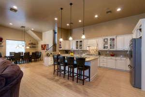 98 Arthur Hills Ct Henderson-small-011-Kitchen-666x444-72dpi