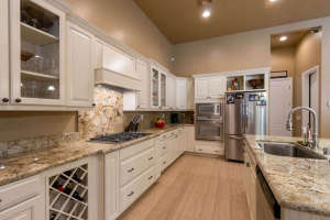 98 Arthur Hills Ct Henderson-small-013-Kitchen-666x444-72dpi