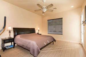 98 Arthur Hills Ct Henderson-small-014-Master Bedroom-666x444-72dpi