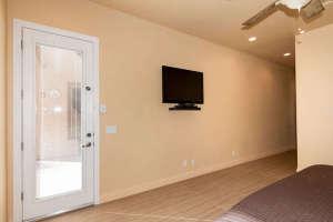 98 Arthur Hills Ct Henderson-small-015-Master Bedroom-666x444-72dpi