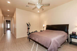 98 Arthur Hills Ct Henderson-small-016-Master Bedroom-666x444-72dpi