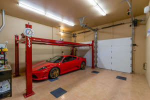 98 Arthur Hills Ct Henderson-small-043-Garage-666x444-72dpi